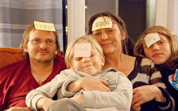 W pół drogi Halt auf freier Strecke rodzina