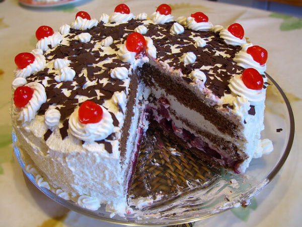 tort szwarcwaldzki, niemieckie desery i ciasta