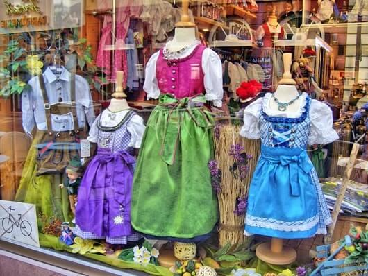 Niemcy dzieciece stroje