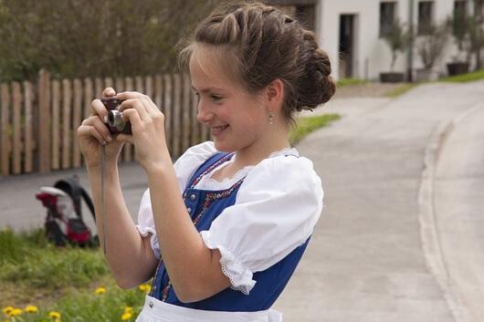 fryzura do niemieckiego stroju